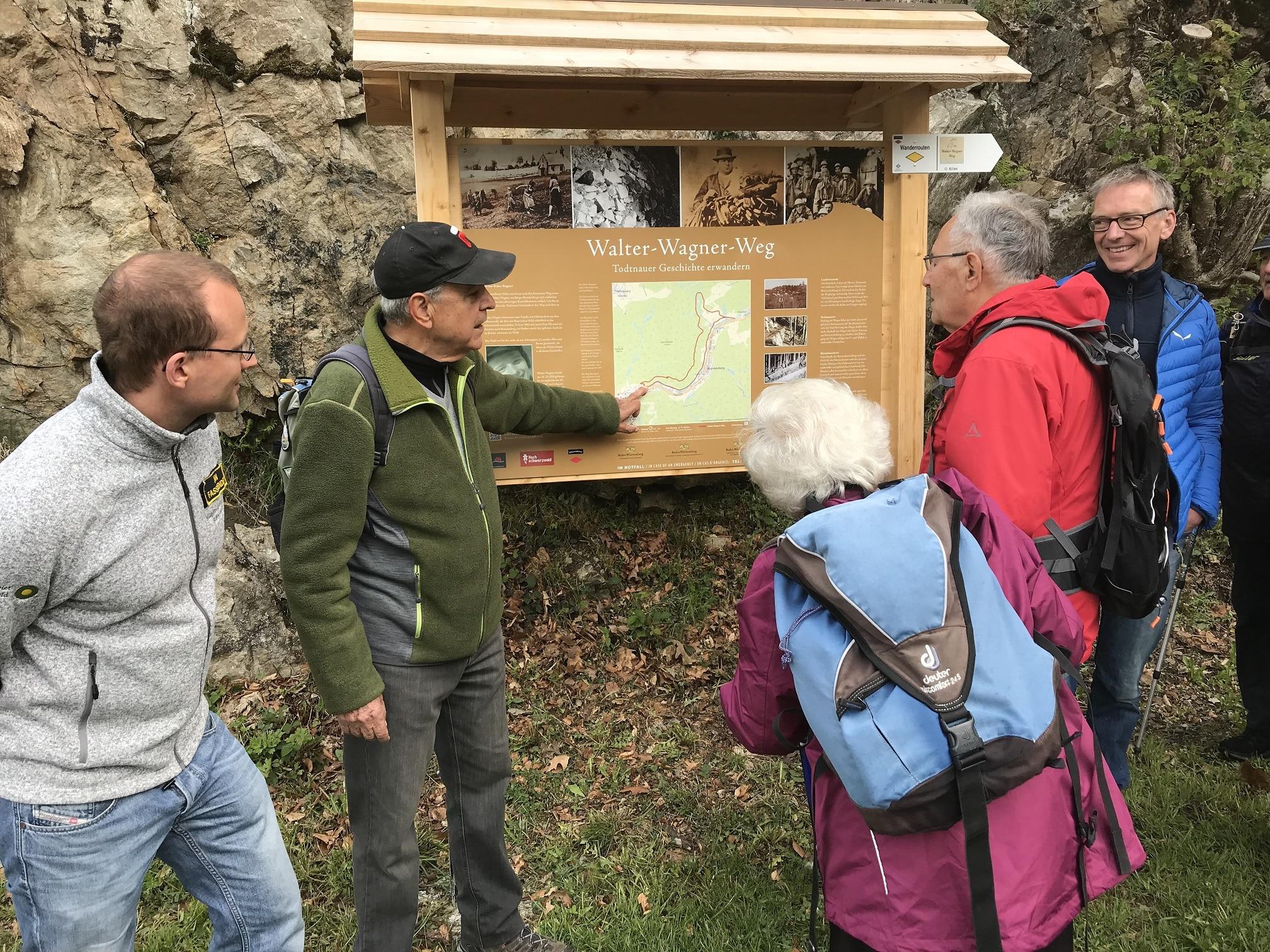 Geschichte und Geschichten erwandern: Schwarzwaldverein eröffnet Walter-Wagner-Weg in Todtnau